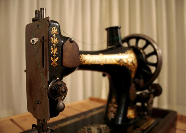 Sew & Quilt | Downtown Barrie Business Association (BIA) : sew and quilt barrie - Adamdwight.com